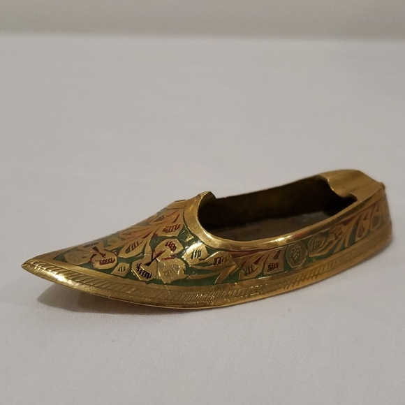 Vintage Solid Brass Genie Slipper Personal Ashtray